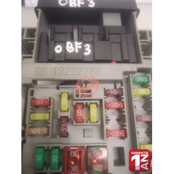 GM fuse box for Opel REF: 13222786,
